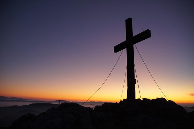 summit-cross-225578_640